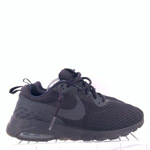 Nike Air Max Motion Men's Running Shoes Size 9